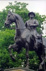 Statue_of_Gen._Reynolds_at_Gettysburg