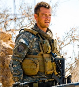 LAS Josh Duhamel Photo