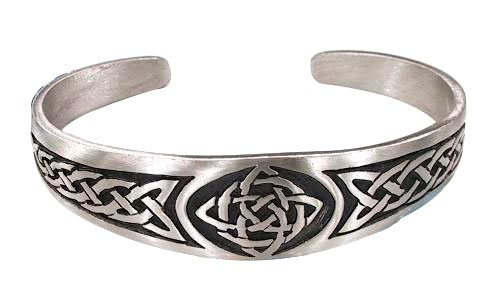 MEDIA KIT Celtic_Knot_Bracelet