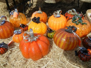 glass pumpkins 001