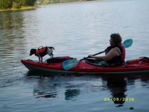 Anne Kane kayaking with Sassi (2)